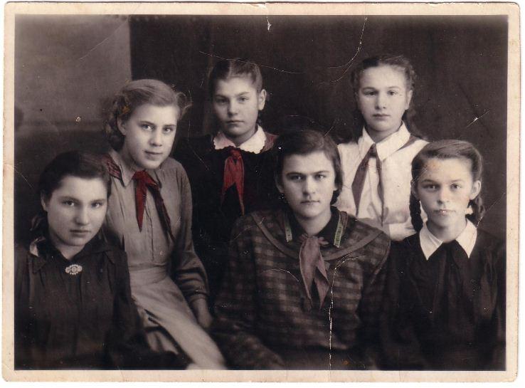 1954-Сербилово-пионеры