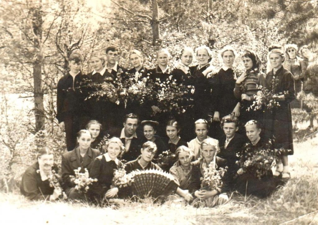 1958-Иваньковский-школа-фото1