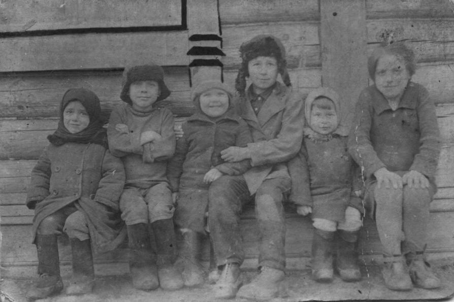 1930-Скомово-дети-фото1