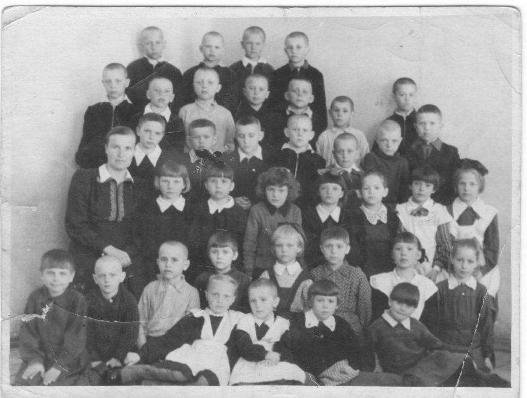 1954-1955-Иваньковский-1класс-фото1